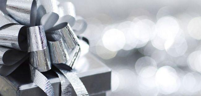 5 найдорожчих подарунків для коханого чоловіка