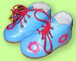 Як вибрати детксую взуття?