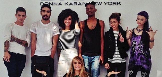 Кара Делевінь визначилася з моделями для реклами своєї лінії одягу