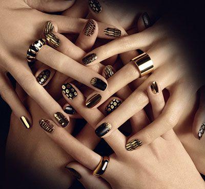 Цієї осені золотий колір нігтів буде особливо актуальним