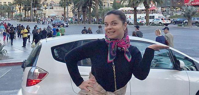 Наташа Корольова гуляє по вулицях Лас-Вегаса без макіяжу