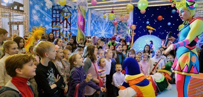 Сценарій нового року для дітей: сценарій казки на новий рік 2015