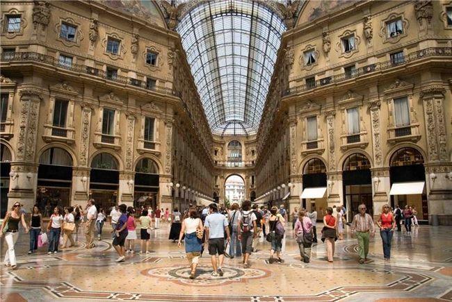 Шопінг в Італії: особливості покупок одягу в Мілані