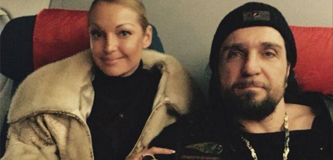 Волочкова і Хірург прибули до Криму